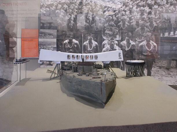 沈没した船の模型