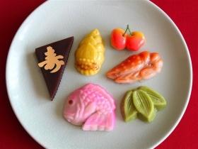 小さな口取り菓子