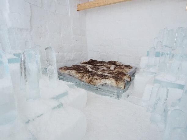 氷のベット