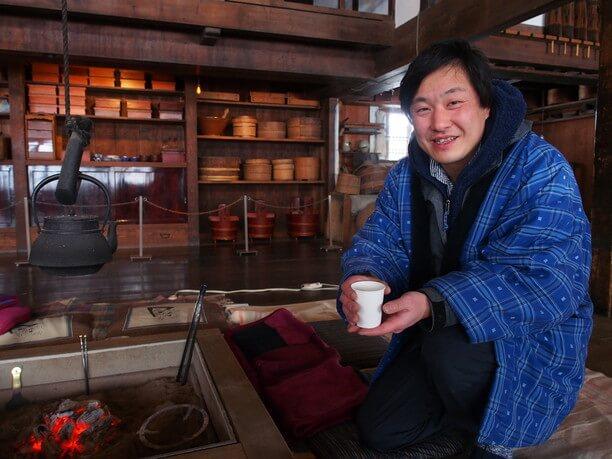 ボランティアによる番茶のサービス