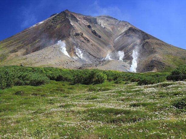 道内最高峰の「旭岳」