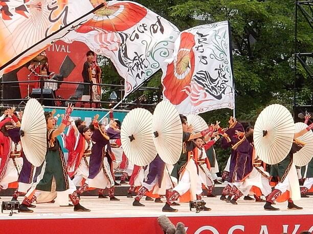 札幌の初夏の風物詩ともなっているYOSAKOIソーラン祭り