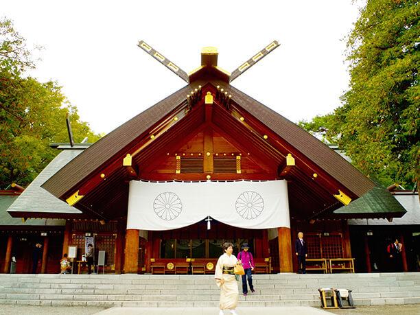 北海道神宮正面