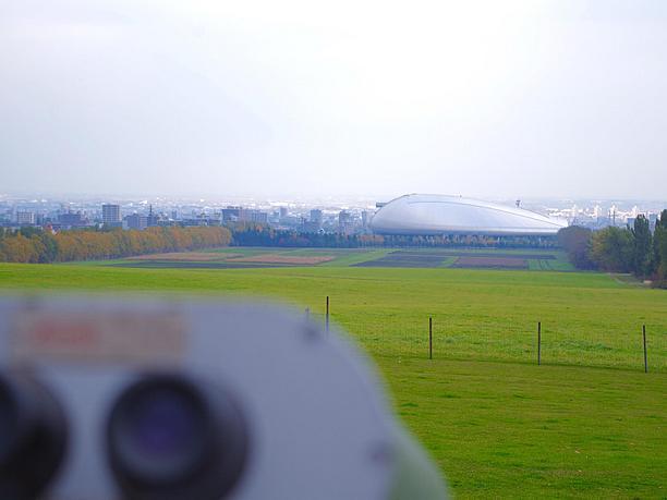 一際目立つ札幌ドーム