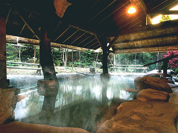 ナトリウム塩化物泉