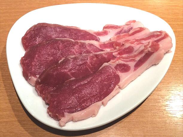 旨味たっぷりな肉