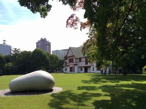 美術館庭園