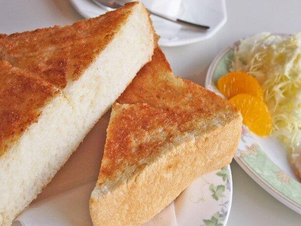 分厚いパン