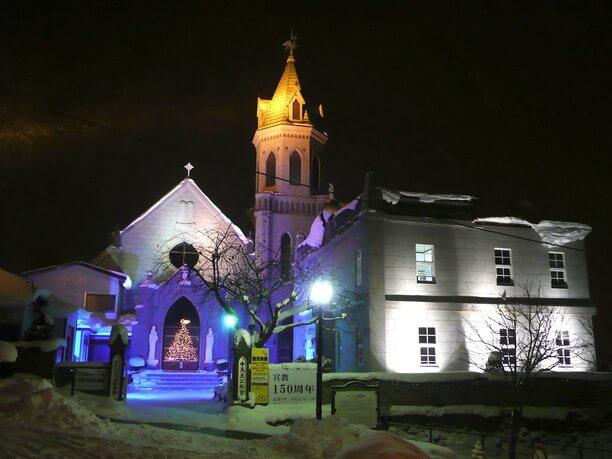 イルミネーションした教会