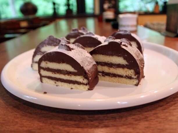 ケーキ「初雪」