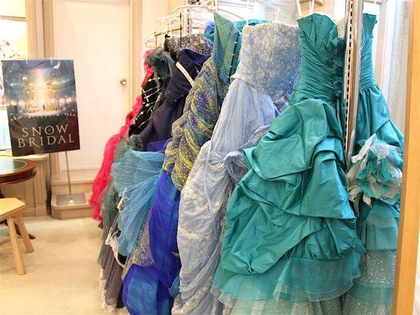 100着以上あるドレス