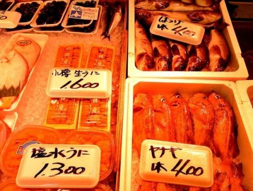 地元で水揚げされた魚介類