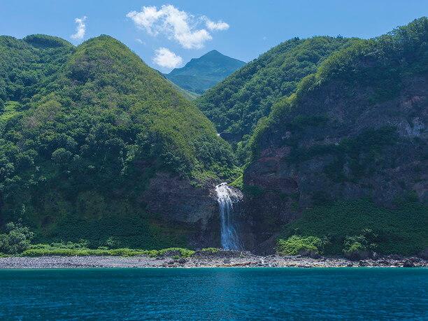 カムイワッカ滝