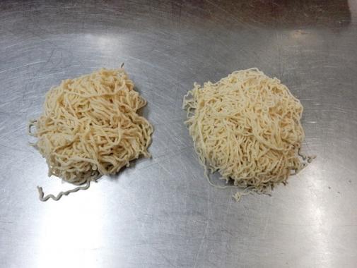 極細ちぢれ麺