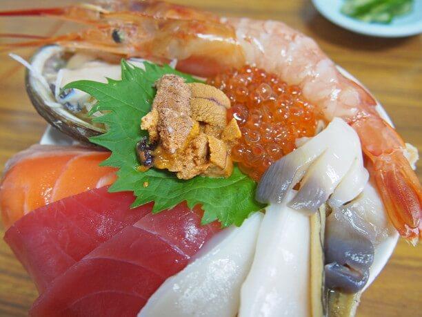 海鮮マルトマ丼(1300円)