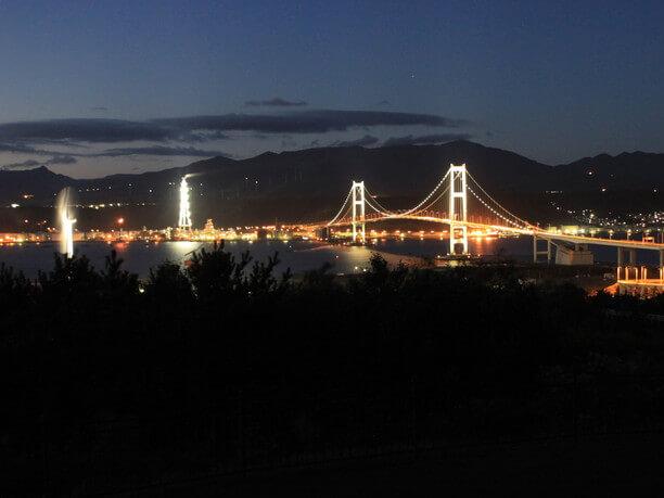 展望台から見る白鳥大橋