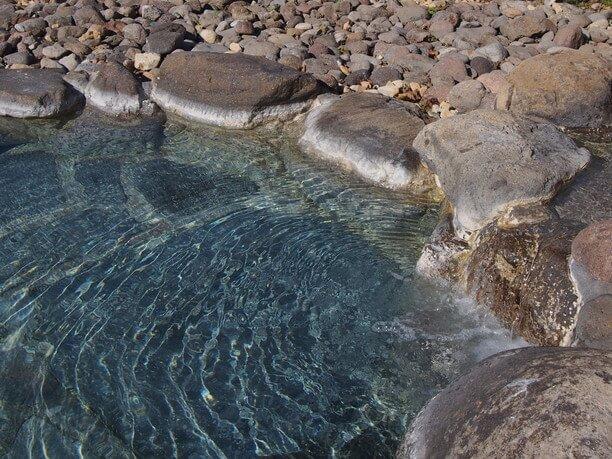 露天風呂の湯