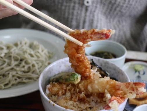 天ぷらと蕎麦セット