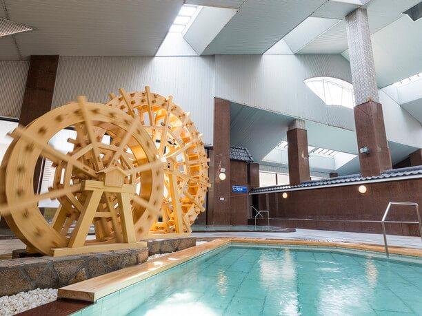 大きな浴場