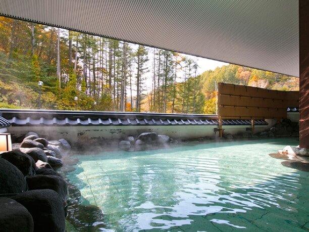 開放的な露天風呂