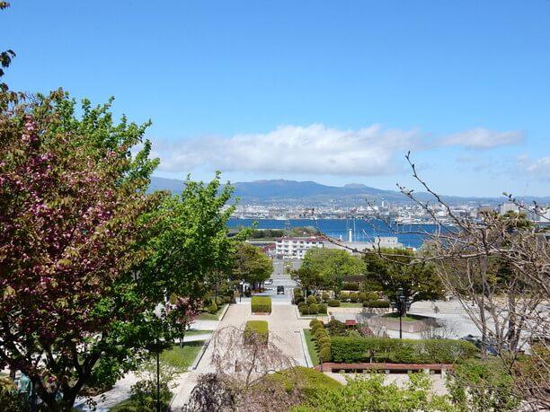 函館港や函館の街並みを見渡せる展望スポット「元町公園」