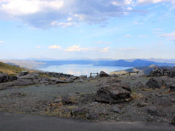 展望台から見える屈斜路湖景観