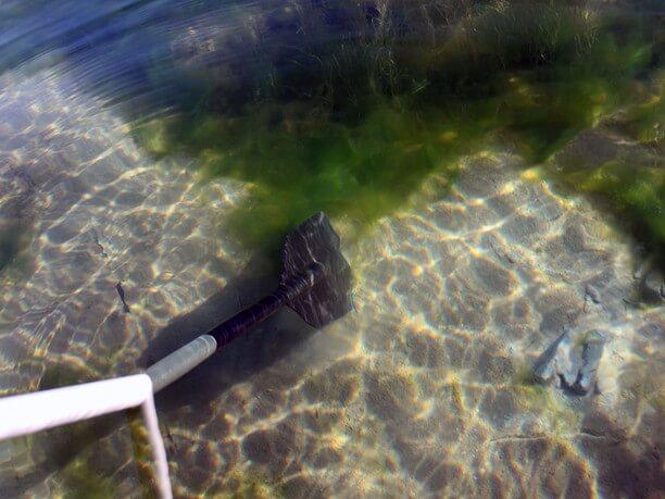 透明度抜群の湖水