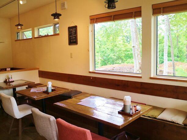 居心地のいいカフェスペース