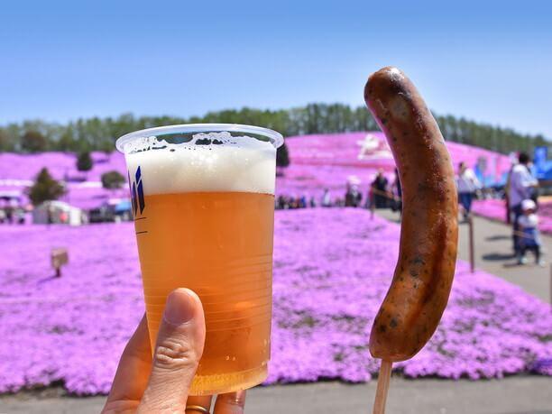 パリッパリのジューシーなあらびきフランクフルト&ビール
