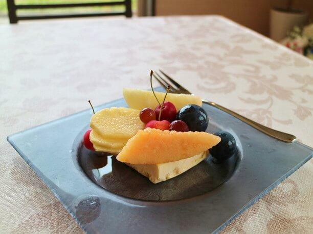 「季節の果実のカタラーナ」
