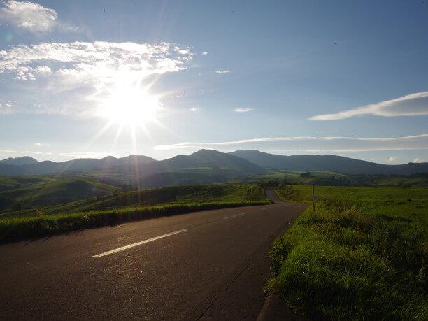 ナイタイ高原牧場までの真っすぐな道