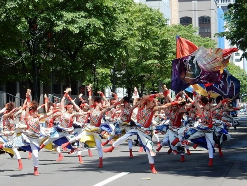 初夏の札幌をアツくするYOSAKOIソーラン祭り