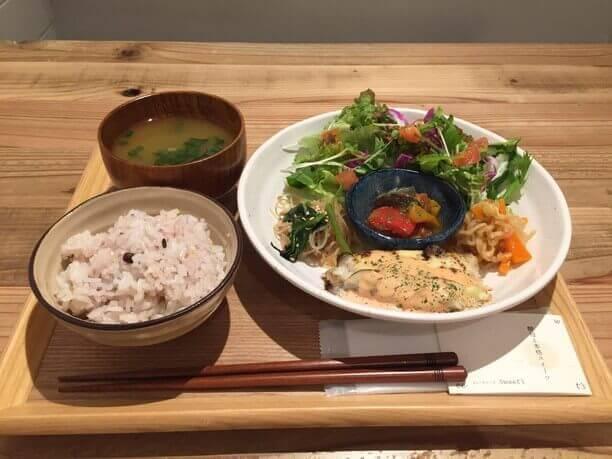 野菜ソムリエが作る健康ランチ