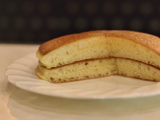 ふっくらとしたホットケーキの断面