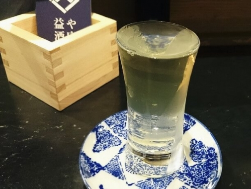豊富な種類の日本酒