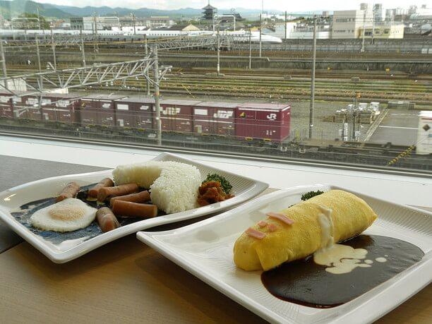 鉄道レストラン