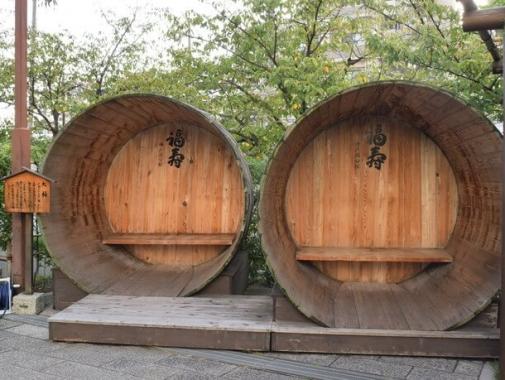 かつて日本酒の仕込みに使っていた大桶