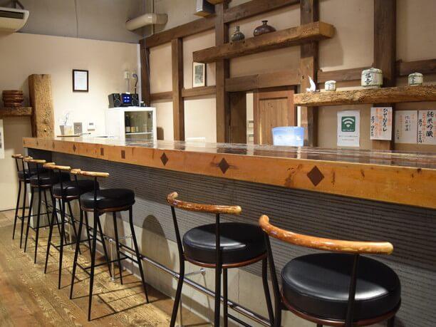 東明蔵にある喫茶カウンター