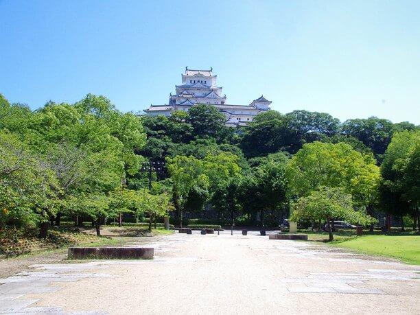 シロトピア公園から見た姫路城