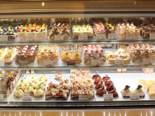 35種類の生ケーキ