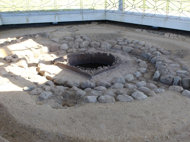奈良時代の柱穴