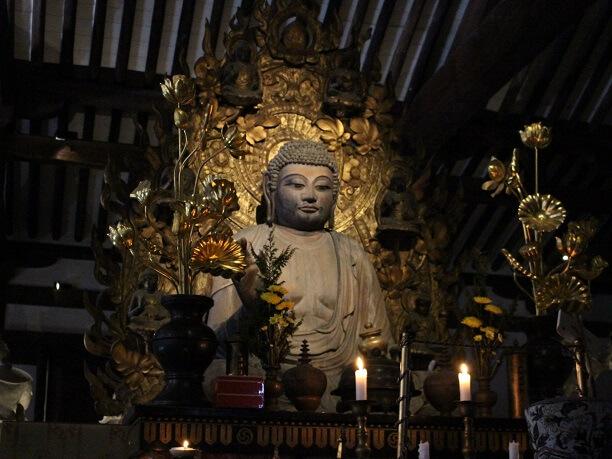 新薬師寺の本尊、薬師如来