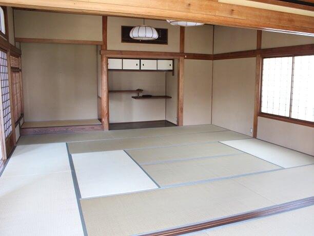 「繭」2階の和室
