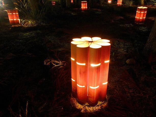 さまざまな形状の露地行灯