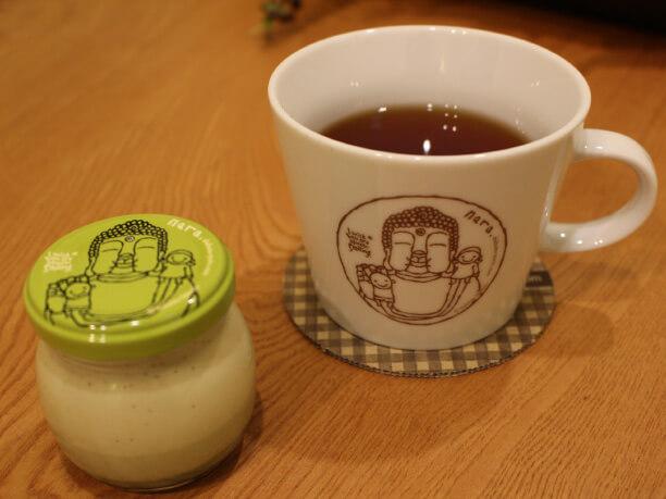 大仏プリンとプリン紅茶