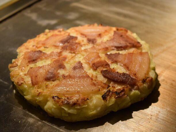 ピザ切りにしても取りやすい豚肉