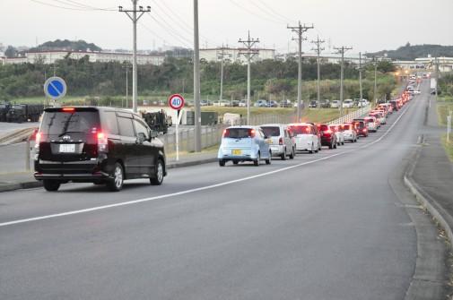 基地フリマへの渋滞