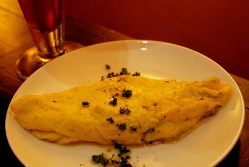 ゴルゴンゾーラチーズのオムレツ