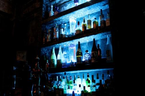 並ぶ酒瓶たち