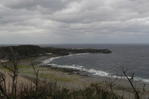 ヤンバルクイナ型の展望台から見る辺戸岬